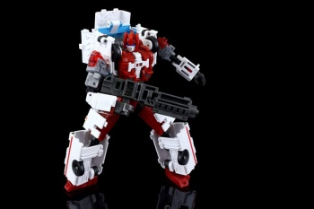 [MakeToys] Produit Tiers - Jouet MTCM-04 Guardia (aka Protectobots - Defensor/Defenso) - Page 3 ClSWED2y