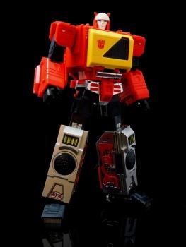 [KFC Toys] Produit Tiers - Jouet Transistor (aka Blaster/Tempo) + DoubleDeck (Twincast) + Fader (aka Eject/Éjecteur) + Rover (aka Autoscout) - Page 2 KR13p6xp