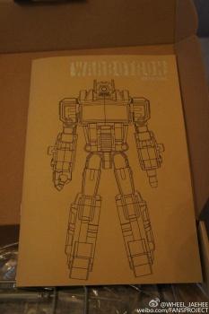 [Warbotron] Produit Tiers - Jouet WB01 aka Bruticus - Page 5 LMPKSX52