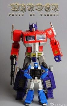 [X-Transbots] Produit Tiers - Minibots MP - Gamme MM - Page 3 MntiDN5n