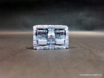 [Masterpiece Hasbro] YEAR OF THE GOAT SOUNDWAVE - Sortie Mars 2014 POaDoJft