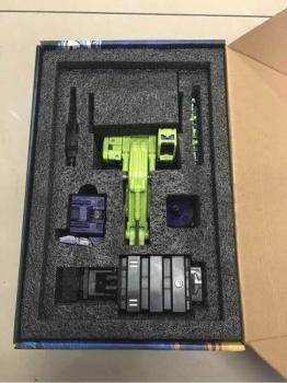 [Toyworld] Produit Tiers - Jouet TW-C Constructor aka Devastator/Dévastateur (Version vert G1 et jaune G2) - Page 3 PUgV3gum