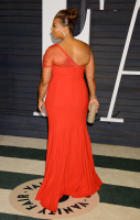 """Queen Latifah """"2015 Vanity Fair Oscar Party hosted by Graydon Carter at Wallis Annenberg Center for the Performing Arts in Beverly Hills"""" (22.02.2015) 23x QXqBiEqu"""