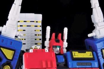 [MakeToys] Produit Tiers - MCB-002 Utopia (aka Métroplex) + MCB-02D Dystopia (aka Metrotitan) SjGoM2j4