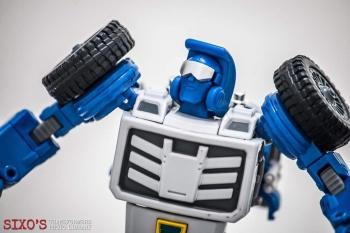 [X-Transbots] Produit Tiers - Minibots MP - Gamme MM - Page 6 UtnM9LxL