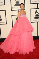 Rihanna  57th Annual GRAMMY Awards in LA 08.02.2015 (x79) updatet YoASPBw3