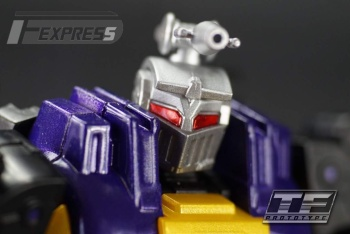 [Fanstoys] Produit Tiers - Jouet FT-12 Grenadier / FT-13 Mercenary / FT-14 Forager - aka Insecticons - Page 2 A7LcIscj