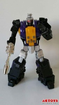 [Fanstoys] Produit Tiers - Jouet FT-12 Grenadier / FT-13 Mercenary / FT-14 Forager - aka Insecticons - Page 2 AYhHXa7n