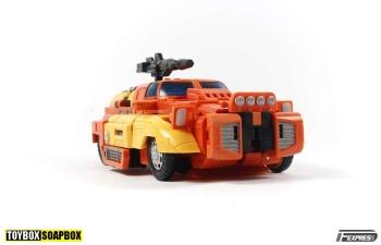 [Unique Toys] Produit Tiers - Jouet Y-03 Sworder - aka Sandstorm/Siroco - Page 2 AlF8wIod