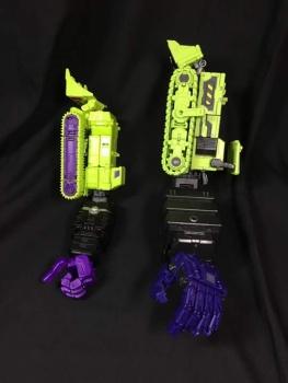 [Toyworld] Produit Tiers - Jouet TW-C Constructor aka Devastator/Dévastateur (Version vert G1 et jaune G2) - Page 4 D7KFA2Q7