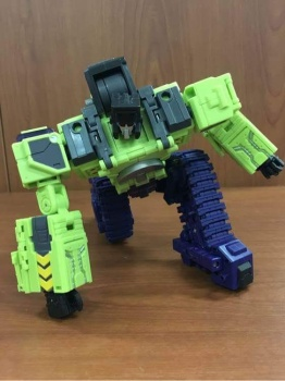 [Toyworld] Produit Tiers - Jouet TW-C Constructor aka Devastator/Dévastateur (Version vert G1 et jaune G2) - Page 3 DYVfDGrR
