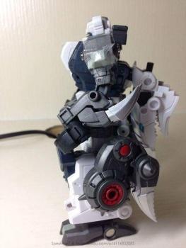 [FansProject] Produit Tiers - Jouet Saurus Ryu-oh aka Dinoking (Victory) | Monstructor (USA) - Page 2 DgdJXurT
