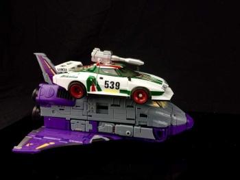 [DX9 Toys] Produit Tiers - Jouet Chigurh - aka Astrotrain - Page 2 IqzmFUsA