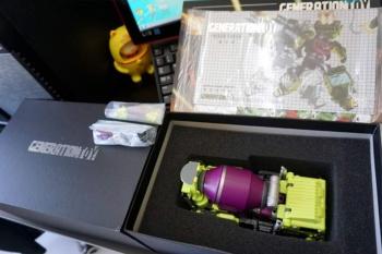 [Generation Toy] Produit Tiers - Jouet GT-01 Gravity Builder - aka Devastator/Dévastateur - Page 2 JD4GY8QZ