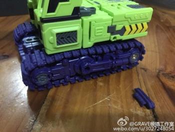 [Toyworld] Produit Tiers - Jouet TW-C Constructor aka Devastator/Dévastateur (Version vert G1 et jaune G2) - Page 3 LlvtVmBK