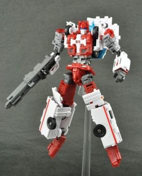 [MakeToys] Produit Tiers - Jouet MTCM-04 Guardia (aka Protectobots - Defensor/Defenso) - Page 3 LzV0iRwr