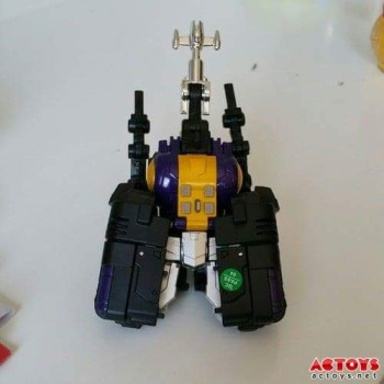 [Fanstoys] Produit Tiers - Jouet FT-12 Grenadier / FT-13 Mercenary / FT-14 Forager - aka Insecticons - Page 2 PqblBE29