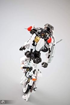 [MakeToys] Produit Tiers - Jouet MTCM-04 Guardia (aka Protectobots - Defensor/Defenso) - Page 2 QtYS8XpJ
