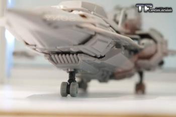 [Mastermind Creations] Produit Tiers - R-17 Carnifex - aka Overlord (TF Masterforce) SFRhVdZb