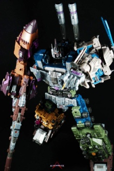 [Warbotron] Produit Tiers - Jouet WB01 aka Bruticus - Page 5 SqNf1xmB