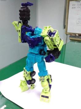 [Toyworld] Produit Tiers - Jouet TW-C Constructor aka Devastator/Dévastateur (Version vert G1 et jaune G2) - Page 2 UfsM1iTh