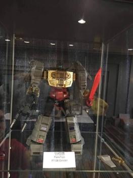 [Fanstoys] Produit Tiers - Dinobots - FT-04 Scoria, FT-05 Soar, FT-06 Sever, FT-07 Stomp, FT-08 Grinder - Page 9 VTAgPLfd