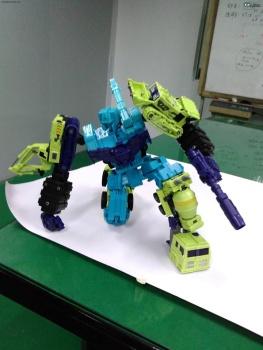 [Toyworld] Produit Tiers - Jouet TW-C Constructor aka Devastator/Dévastateur (Version vert G1 et jaune G2) - Page 2 VWSHx7aX