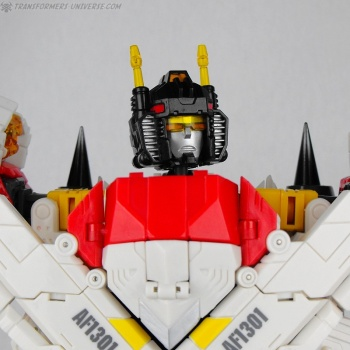 [Combiners Tiers] TFC URANOS aka SUPERION - Sortie 2013 VXGN4XH3