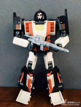[DX9 Toys] Produit Tiers - UT-D01 Salmoore (aka Cykill des GoBots) + 003C Cocomone (aka Crasher/Démo des GoBots) YLB2vjpV