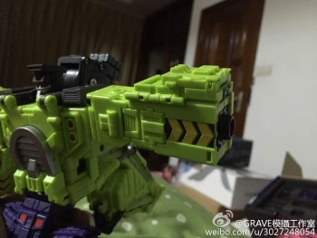 [Toyworld] Produit Tiers - Jouet TW-C Constructor aka Devastator/Dévastateur (Version vert G1 et jaune G2) - Page 3 YoWS0ROo