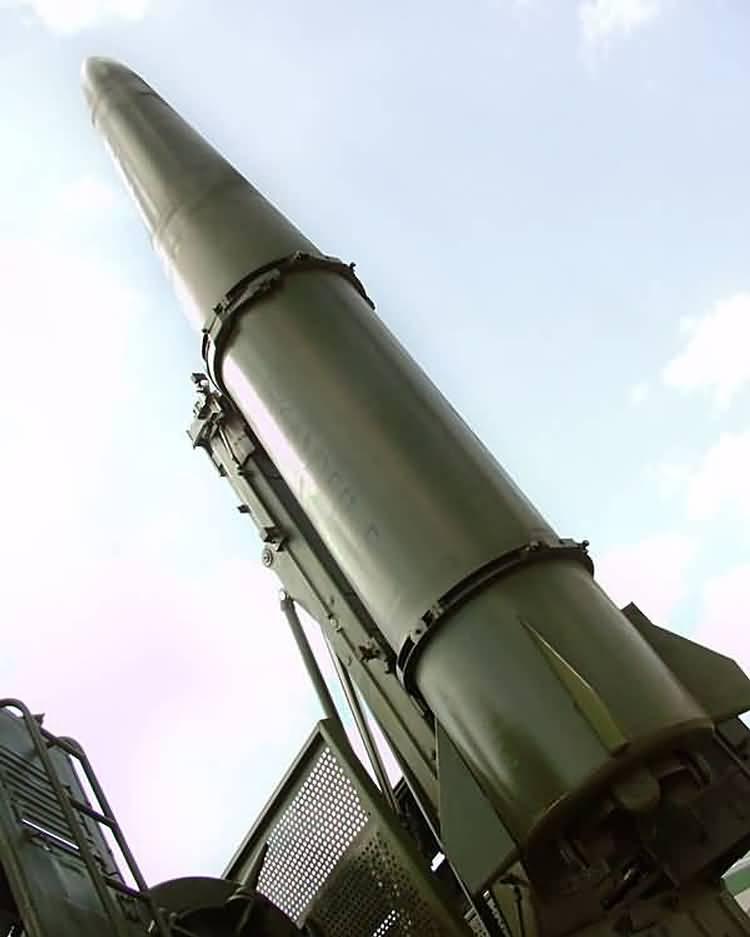 المواصفات العامة و الفنية للصواريخ الاستراتيجية ^روسيا^ 2206L