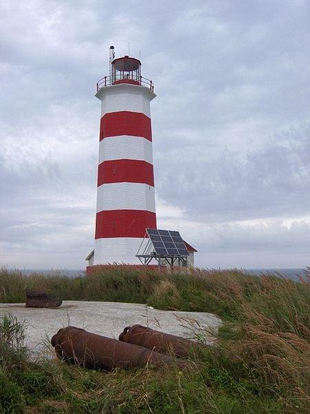 Svjetionici - Page 3 Sambro_lighthouse_canada