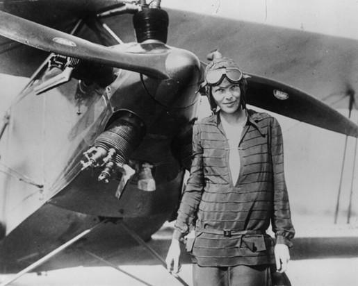Amelia Mary Earhart   00d3cd22593156c864976a093bca311fa5b2bb13