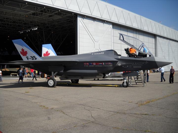 Lockheed Martin F-35 Lightning II 00d46e3d6e8b3cda3b602d9fe532abd029c8d30b