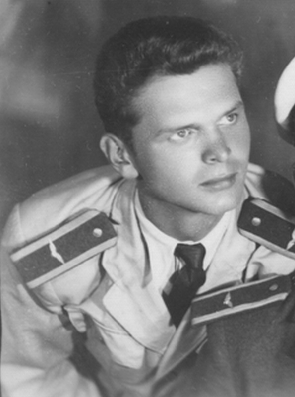 Legende odlaze  preminuo  pilot  Viktor Lenarčić 00d6128bca76649b94474d575c6475c20eef1f3c