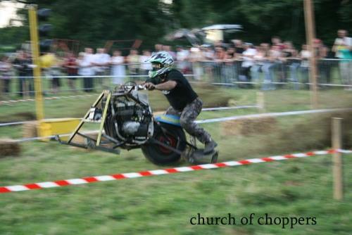 grass track AFr1I5w1npn23i2nnf5OY2oeo1_500