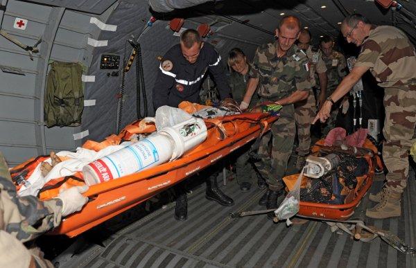 médecine militaire à travers le monde  2967179167_1_3_ywltTZE4