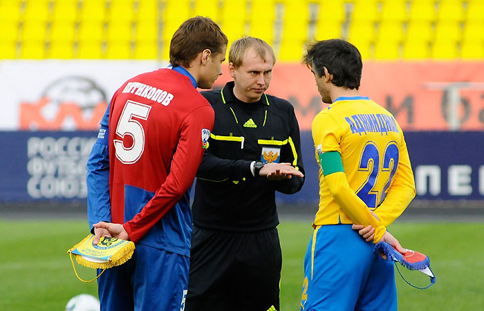 Из первых уст & Новости... - Страница 2 29042012_referees_(1)