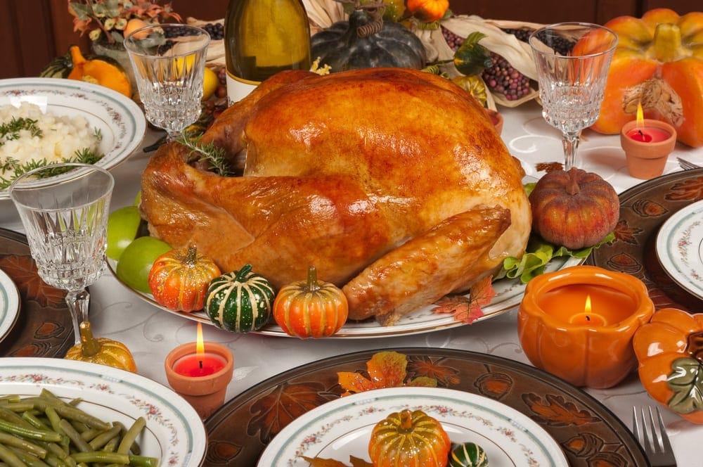 Маленький столик за углом - Том VI - Страница 3 Thanksgiving-Dinner