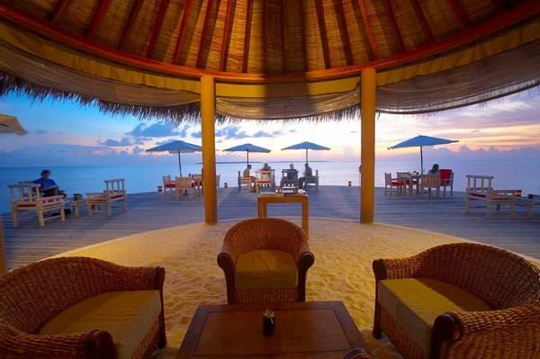 عشاء رومانسي في المالديف Image030-793747