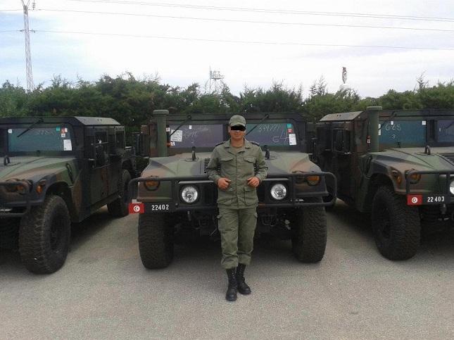 الجيش الوطني يعلن قبل قليل عن وصول عدد من العربات المدرعة الامريكبة الشهيرة من طراز هامفي 1image