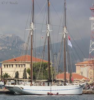 le bateau d'Ajonc à découvrir trouvé par Blucat IMG_0053_modifi%25C3%25A9-1