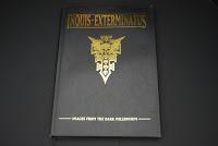 Artbook review - Inquis exterminatus DSC_0927