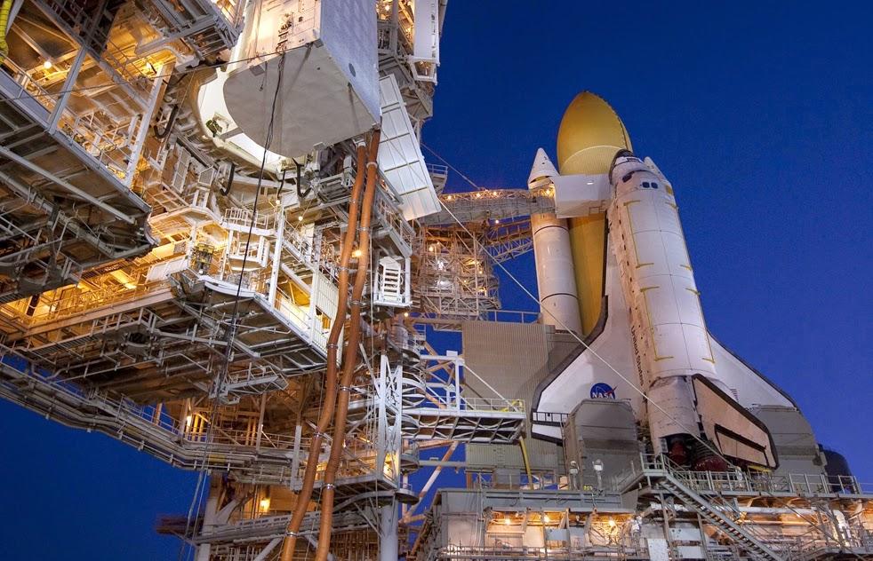 --Работа шаттла на орбите : фотографии-- ShuttleL