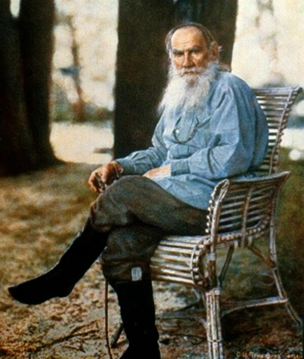 Lav Nikolajevic Tolstoj - Page 2 BhPu3BBCUAEq6QT