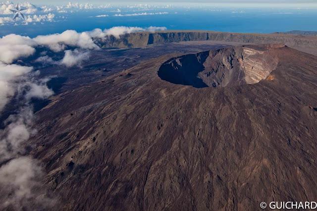 Volcano Uptick: Manam Volcano Erupts in Papua New Guinea and the colossus Le Piton de la Fournaise... Reunion island eruption is imminent  A-0586