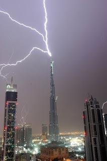 Los edificios mas altos del Mundo de hoy y de mañana .  Burj-dubai-rayo