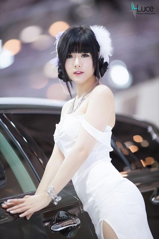 Hwang Mi Hee – Xinh không đỡ nổi Hwang_Mi_Hee_200912_28