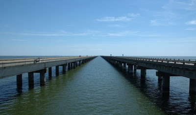 200 Proofs Earth is Not a Spinning Ball Lake-pontchartrain-causeway
