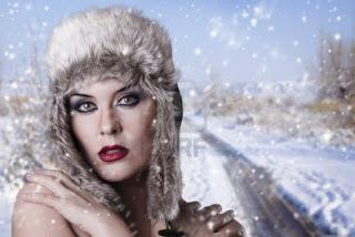 Julieta [Soneto Melódico] 12597852-frio-invierno-mujer-atractiva-reina